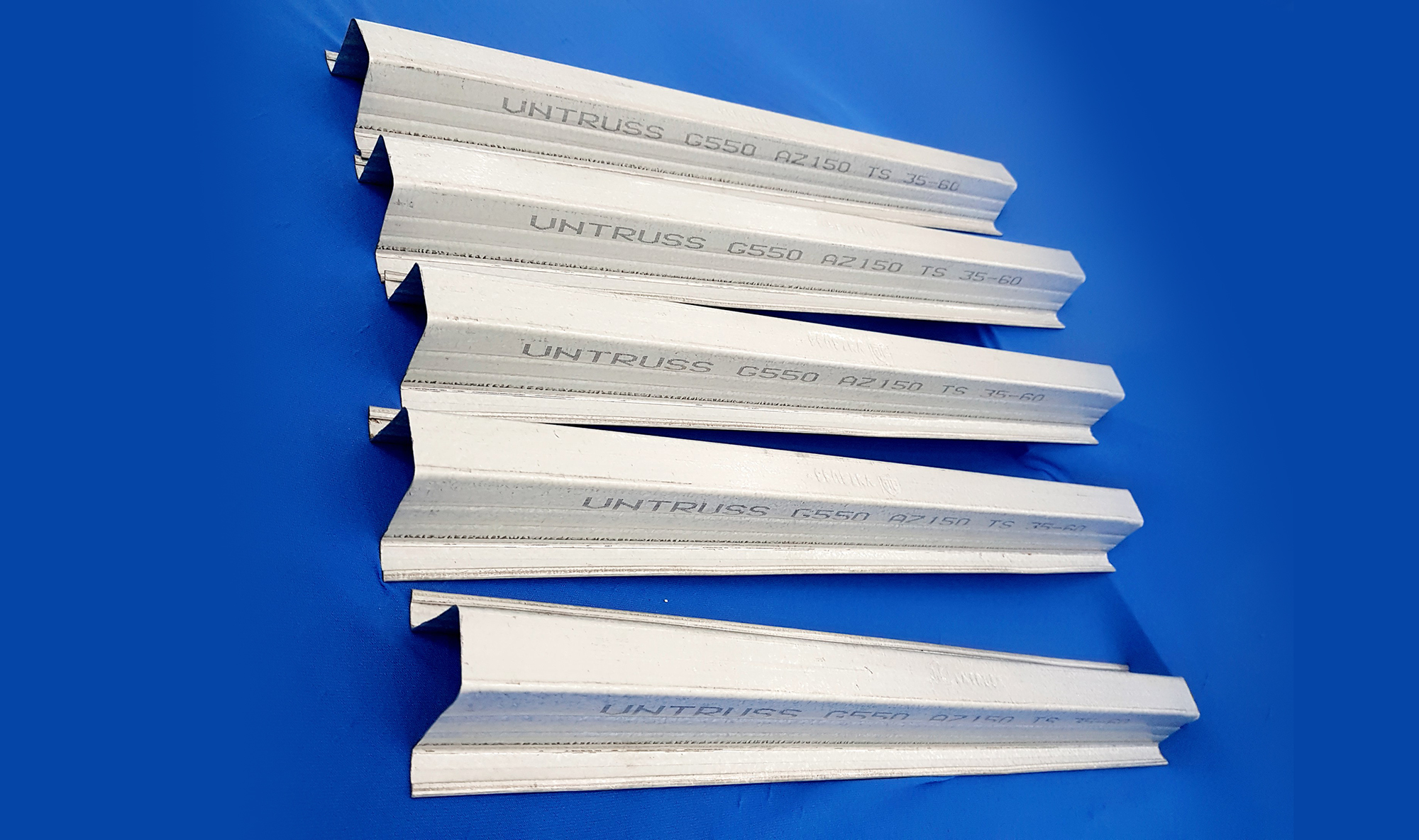 Rui / mè/ lito TS35.50 thép nhẹ chống rỉ cho mái lợp ngói