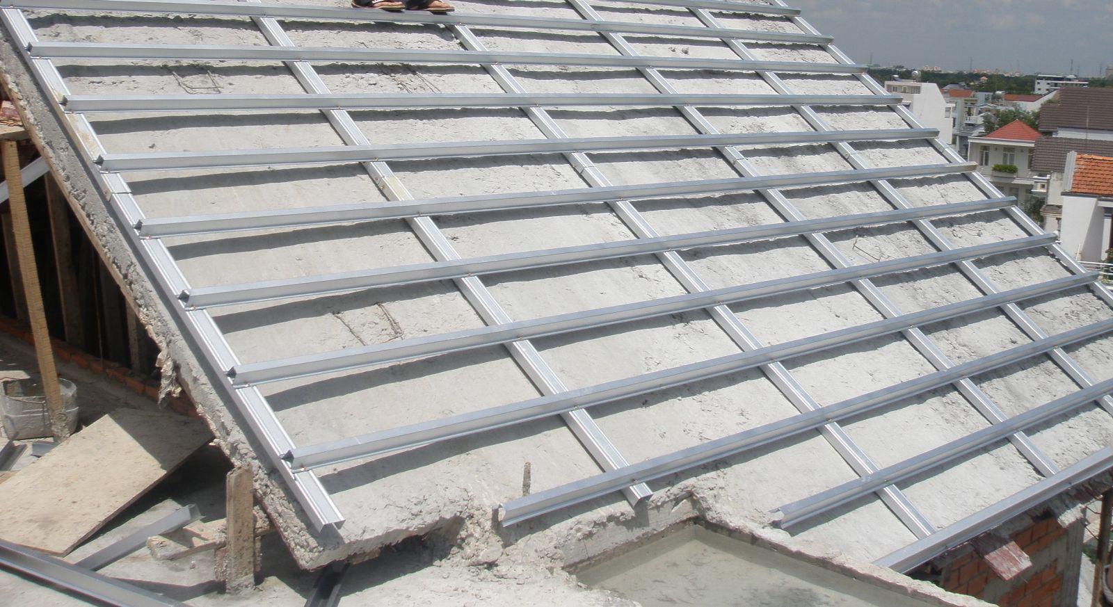 Lưu ý khi sử dụng khung thép mái ngói