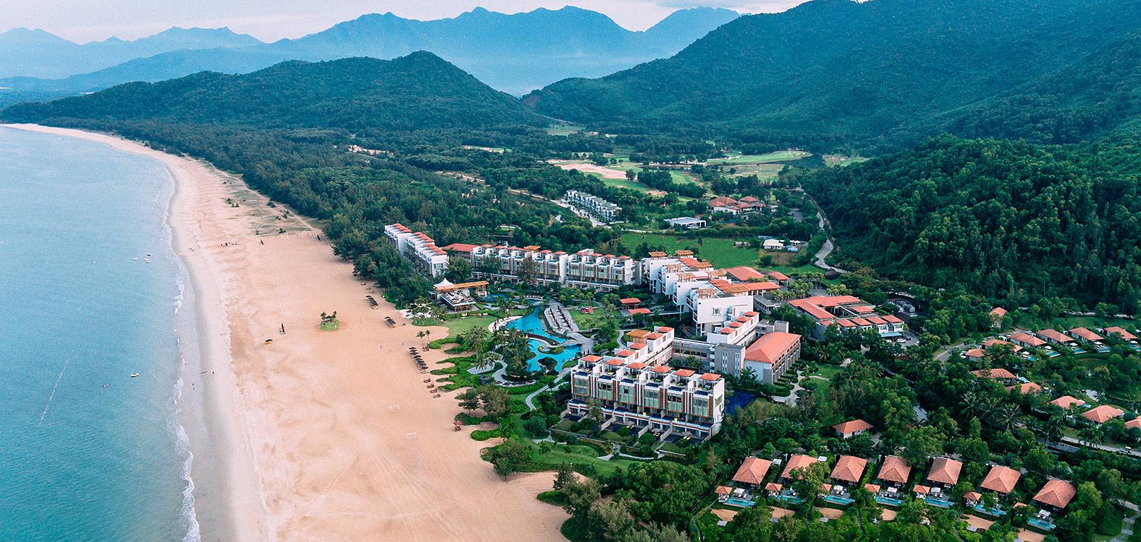 Khu nghỉ dưỡng Laguna Lăng Cô sử dụng vì kèo thép siêu nhẹ cao cấp VNTRUSS