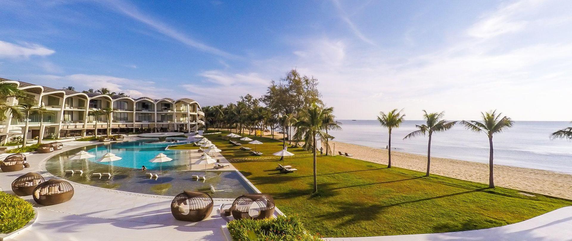 Resort The Sell Fusion Maia Phú Quốc kết cấu mái bê tông lợp ngói